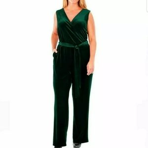 NY Collection Jumpsuit Velvet Romper Sleeveless